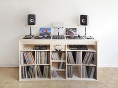 diy dj m bel aus ikea s besta serie dj dj table and. Black Bedroom Furniture Sets. Home Design Ideas