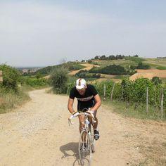 """Mythical"" cyclist at the historic cycling race La Mitica - Castellania 2012  #ciclismo #faustocoppi #coppi #tortona #ciclostorica"