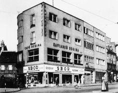 Bratislava, Old Street, Building, Times, Squares, Nostalgia, Facebook, Logo, Retro