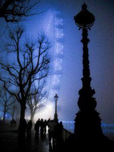Shener Hathaway, London Eye in the Fog