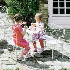 table enfant exterieur mobilier de jardin pour enfant.