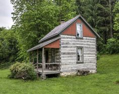 Cabin In The Woods |  The post Cabin In The Woods appeared first on Woodz.  #wood http://www.woodz.co/cabin-in-the-woods/