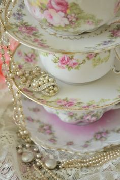 Fine bone china and pearls...lovely ❤