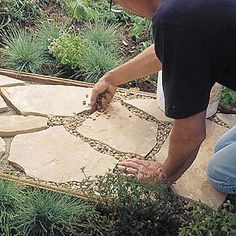 Garden path decorating ideas ~ English garden