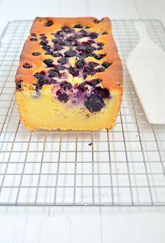 Ricotta cake met blauwe bessen - Uit Paulines Keuken