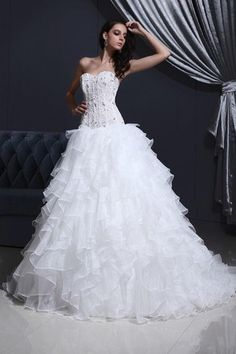 Mid Back White Hourglass Romantic Pompous Sweetheart Rectangle Organza Dropped Waist Wedding Dress