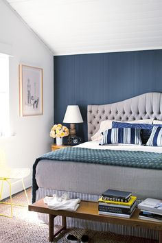 February 2012 House Beautiful. A craftsman is lightened and liberated by designer Nickey Kehoe. This master Bedroom has Farrow&Ball Drag wallpaper and the headboard and rug are made of hemp!
