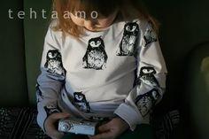 Trikoopaidan pääntien huolittelu muotokaitaleella. Sewing Hacks, Sewing Tips, Sewing For Kids, Bomber Jacket, Jackets, Tutorials, Projects, Fashion, Down Jackets