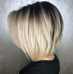 60 Layered Bob Styles: Modern Haircuts with Layers for Any Occasion Blonde Layered Collarbone Bob Bob Style Haircuts, Angled Bob Hairstyles, Bob Hairstyles For Fine Hair, Modern Haircuts, Cool Hairstyles, Hairstyles 2018, Haircut Bob, Layered Haircuts, Formal Hairstyles