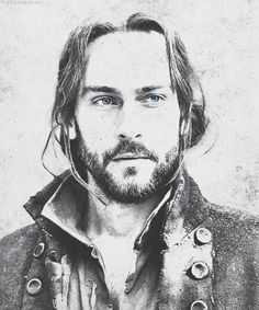 Ichabod Crane....hot sleepy hollow man!!