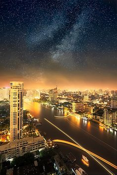 Pagoda Ride under a Myriad of Stars by Romain Matteï Bangkok, Thailand. Around The World In 80 Days, Around The Worlds, Beautiful World, Beautiful Places, Places To Travel, Places To Go, Night Scenery, Night Sky Stars, Famous Places