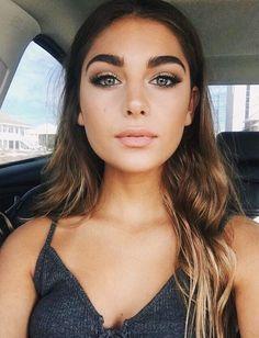 Smokey eye makeup, everyday makeup look ideas