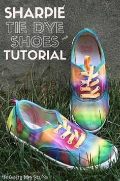 You can make a pair of Sharpie Tie Dye Shoes with this easy step by step tutorial. Create fun tie dye designs like galaxy and rainbow! Tie Dye Shoes, How To Dye Shoes, Sharpie Tie Dye, Tie Dye Designs, Diy Clothes, Refashioning Clothes, Cool Ties, Do It Yourself Crafts, Summer Crafts