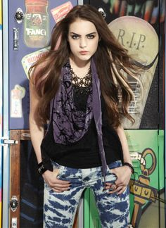 jade from victorious ;). Moody, edgy, psycho, bitter, jaded, angry & talented.