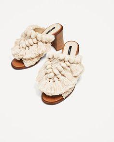 reputable site 02781 a63a1 ZAPATO TACÓN DESTALONADO POMPONES-ZAPATOS-REBAJAS-MUJER   ZARA España  Zapatos Zara Mujer