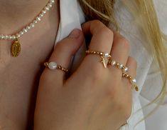 Dámský prstýnek - perly PRB0982 | BRYXI shop.cz Bracelets, Gold, Shopping, Jewelry, Fashion, Bangle Bracelets, Jewellery Making, Moda, Jewerly