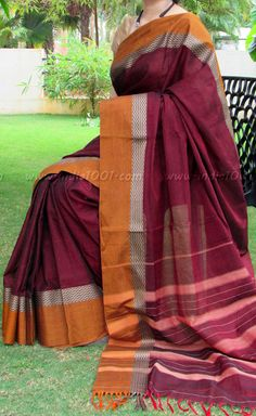 Elegant Woven Handloom Cotton Saree | India1001.com Handloom Saree, Silk Sarees, Indian Ethnic Wear, Fashion Gallery, Fashion Beauty, Women's Fashion, Cotton Saree, Indian Sarees, Costumes For Women