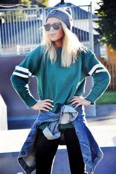 Sweatshirt: JUNKYARD XX-XY #junkyardxxxy #carhartt #denimjacket