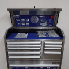 Stainless Steel Tool Chest At Lowes I Saw One Of These