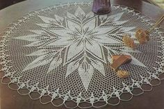 Crochet Pattern of the Star Center Table - Etoile