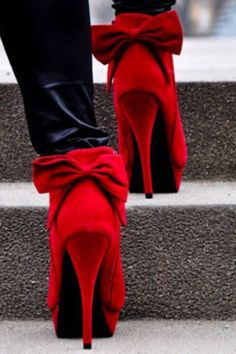 Fall 2013 Trend: Red - Adora-bow!