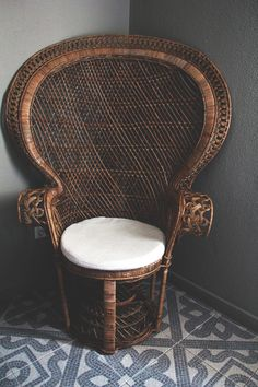 This chair brings me back to growing up in a Filipino household. The peacock chair! Bohemian Interior, Home Interior, Bohemian Decor, Interior And Exterior, Wicker Furniture, Furniture Design, Wicker Chairs, Peacock Chair, Take A Seat