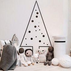 mommo design: 6 XMAS DIY DECORS FOR KIDS - washi tape tree