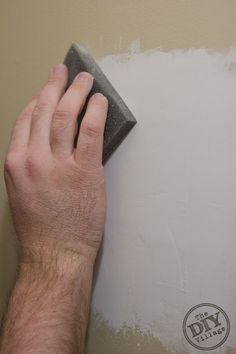 I used to avoid any projects that required me to fix drywall. I thought it was impossible to make it match from every angle until I discovered these drywall patching tips and tricks. Fixing Drywall Holes, Drywall Finishing, Drywall Tape, How To Patch Drywall, Drywall Repair, Patching Drywall, Stucco Walls, Painted Rug, Home Fix