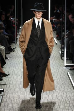 Cerruti 1881 Fall 2017 Menswear Fashion Show
