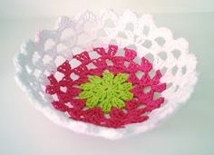 Sarahndipities ~ fortunate handmade finds: Things to Make: Make a Crocheted Doily Bowl with CraftyDill