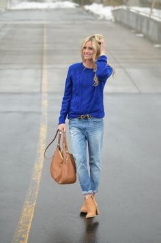 Leopard belt, cobalt sweater, boyfriend jeans.     Little Miss Fearless