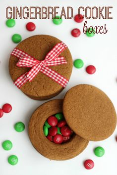 These quick and easy gingerbread cookie boxes are made out of COOKIES! Fill with small candies and close with the cookie lid for a fun holiday favor. Easy Gingerbread Cookies, Christmas Tree Cookies, Christmas Cookie Exchange, Christmas Desserts, Gingerbread Houses, Christmas Recipes, Gingerbread Recipes, Christmas Foods, Christmas Gingerbread