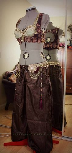 Custom order 6/13 by the Verdant Muse - /kerryfitzgerald/bellydance-costumes/  over 1,000 WANT Profile Pic!