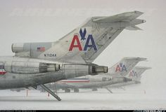 Boeing 727-223/Adv - A snowstorm in the DC area grounds all traffic at Dulles.