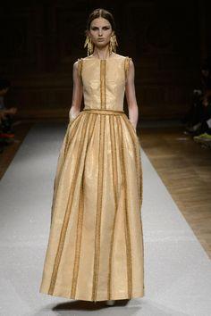Gown (Oscar Carvallo) || scale: 4.5