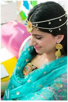 5b3972c2cb1f7e Glamorous Delhi Wedding With a Kitsch Mehendi