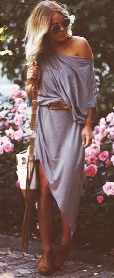 Asymmetrical maxi - I could rock that ... someone tell me where to buy it