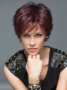 Buying a perfect Wavy Auburn Short Best Synthetic Monofilament Wigs is hot sale here. You can find your new look from our new style Wigs collection. Short Hair With Layers, Short Hair Cuts For Women, Medium Hair Styles, Curly Hair Styles, Monofilament Wigs, Short Wigs, Short Pixie, Synthetic Wigs, Great Hair