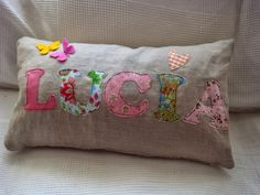 COJINES DE LINO Y ALGODÓN Applique Cushions, Sewing Pillows, Diy Pillows, Decorative Pillows, Throw Pillows, Easy Sewing Projects, Sewing Crafts, Teen Bedroom Designs, Sewing To Sell
