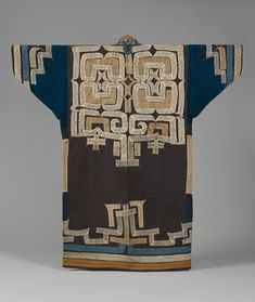Robe with applique, ruunpe. Hokkaido Ainu. cotton ground, silk and cotton. 19th century. l.124.0cm.