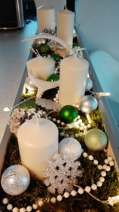 Centerpieces, Table Decorations, Holiday Looks, Xmas Crafts, Christmas, Home Decor, Xmas, White People, Decoration Home