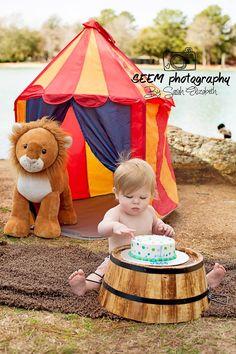 Birthday circus theme www.facebook.com/seemphotography