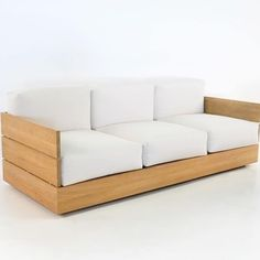 Outdoor sofa, built for comfort and made for simplicity and relaxation, the Soho Sofa is a perfect example of the luxury of high end teak outdoor furniture. Resin Patio Furniture, Teak Outdoor Furniture, Sofa Furniture, Pallet Furniture, Furniture Design, Retro Furniture, Furniture Sets, System Furniture, Furniture Online