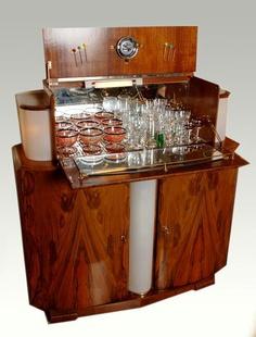 The Origin of Cocktail cabinets – Backroom Gallery Art Deco Bar, Smash Book, Drinks Cabinet, Liquor Cabinet, Art Deco Furniture, Furniture Ideas, Furniture Design, Wooden Bar, Walnut Veneer