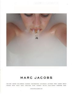 smoking kills, but i love this anyway Smokey Bones, Smoke Art, Women Smoking, Le Smoking, Smoking Kills, Smoke And Mirrors, Figure It Out, Marc Jacobs, Cool Photos