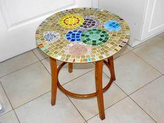 Bubble mosaic table