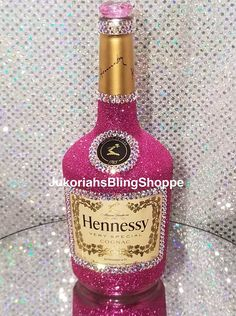 Extravagant bling liquor bottles these are empty you just refill with your own liquor. Great gifts for any occasion and beautiful centerpiece. All colors can be made upon request. Liquor Bottle Cake, Bedazzled Liquor Bottles, Empty Liquor Bottles, Decorated Liquor Bottles, Glitter Wine Bottles, Bling Bottles, Glitter Tumblers, Alcohol Bottle Decorations, Alcohol Bottle Crafts