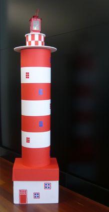 Cardboard lighthouse. DIY for kids and adults Faro de cartón. Manualidad para niños y adultos www.mr2arquitectos.com