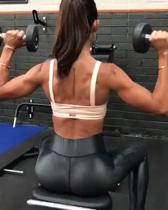 Shoulder workout dumbbells – Fitness&Health&Gym For Women Body Fitness, Fitness Goals, Fitness Tips, Health Fitness, Fitness Workouts, At Home Workouts, Weight Lifting, Weight Loss, Losing Weight