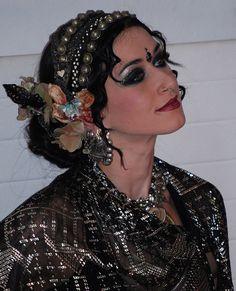 Samantha Emanuel bellydance - The assiut/assuit is gorgeous, and boy, do I love that headdress.